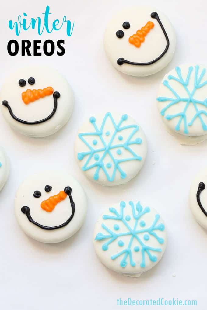 SNOWMAN AND SNOWFLAKE OREOS -- How to decorate store-bought, white fudge covered OREOS with royal icing for Christmas and winter #oreos #christmas #winter #christmascookies #snowflake #snowmanoreos