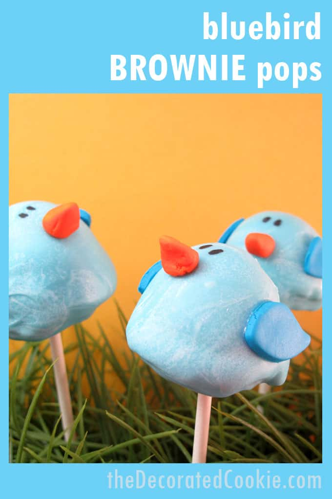 how to make bluebird brownie pops, a fun food idea for spring #BrowniePops #SpringDesserts