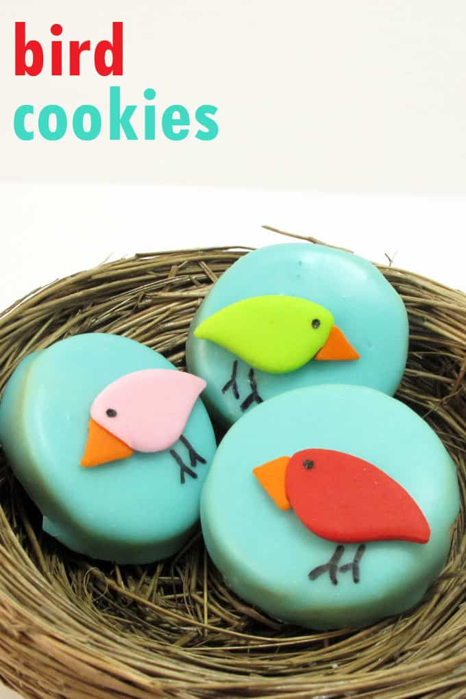 Bird cookies: How to decorate bird cookies with poured sugar icing and fondant. A fun Spring dessert idea.