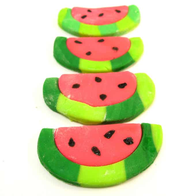 fondant watermelon slices - how to make watermelon cupcake toppers for summer