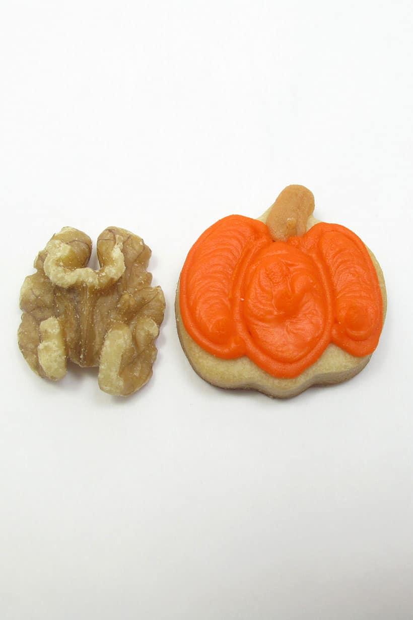 mini pumpkin cookie