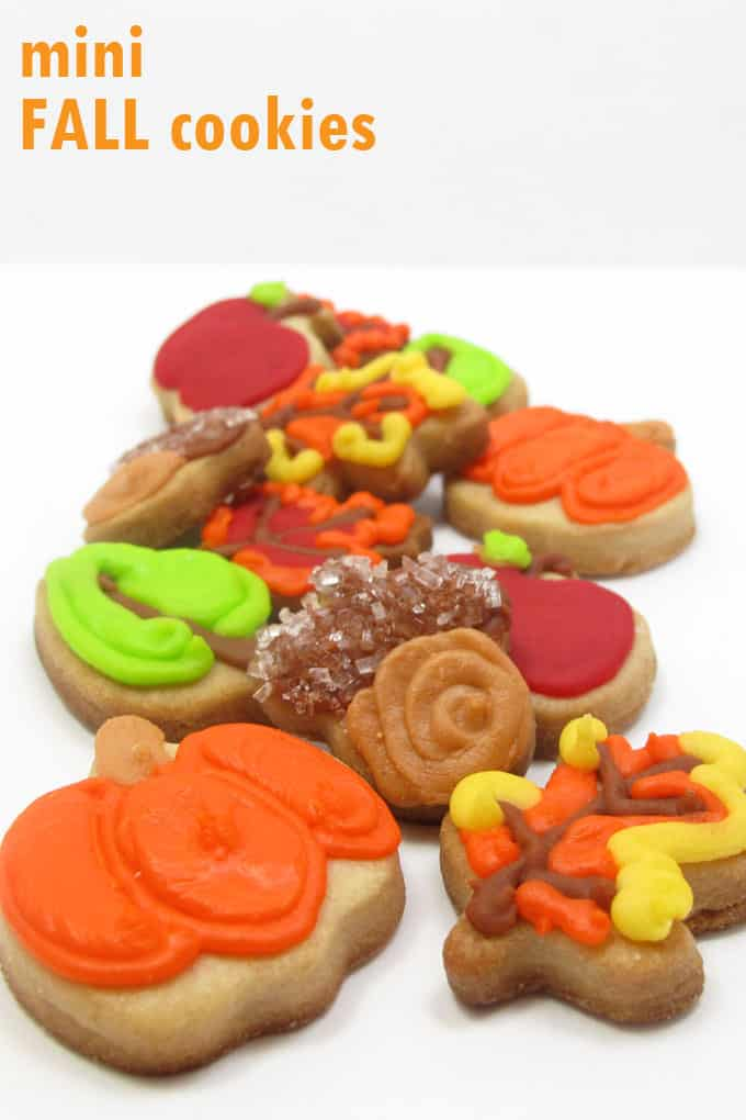 Fall cookies: How to decorate mini fall cookies, pumpkins, leaves, and acorns