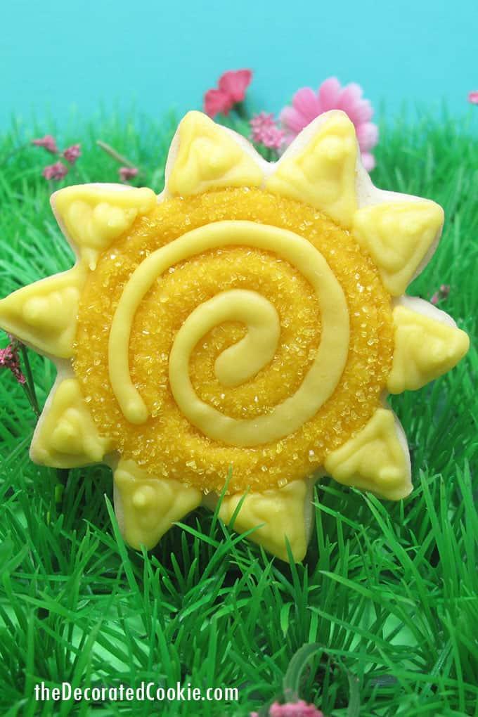 sun decorated cookie