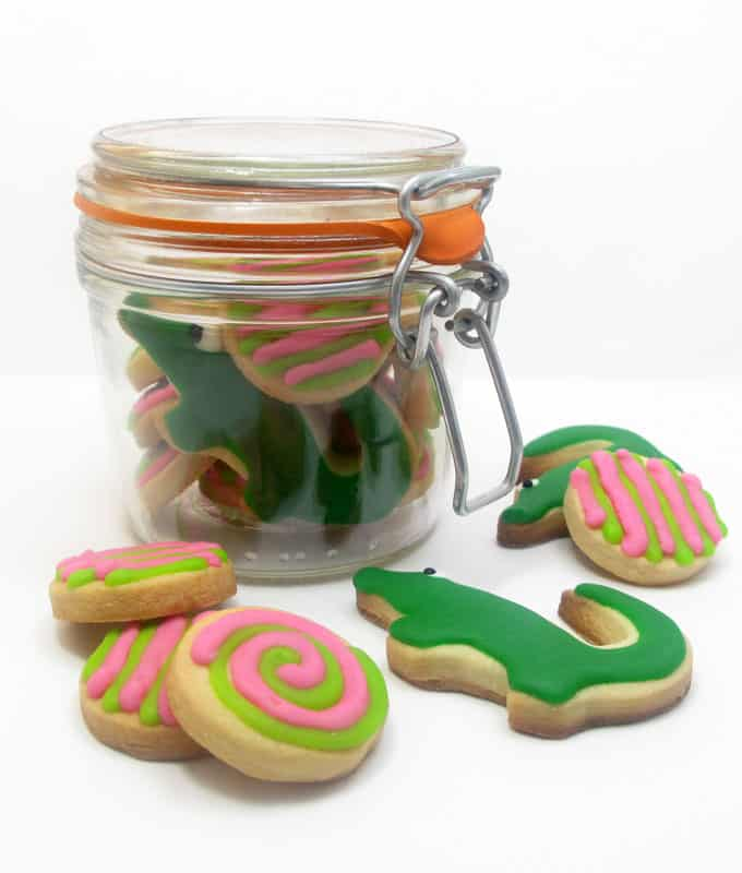 preppy cookies - how to decorate pink and green and alligator cookies