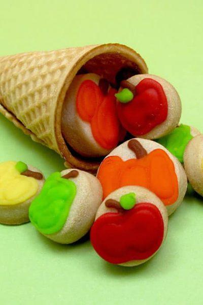 cornucopia cookies for Thanksgiving -- decorated cookie idea