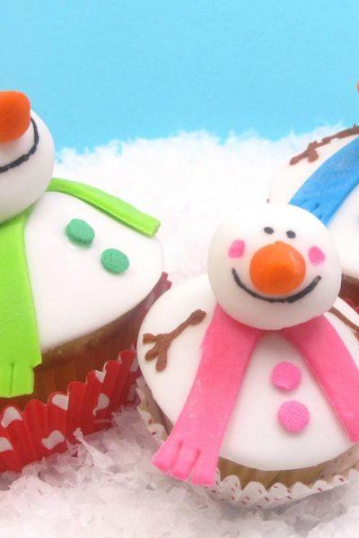 snowman family cupcakes