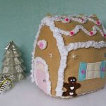 cozy gingerbread house…. the sewn side