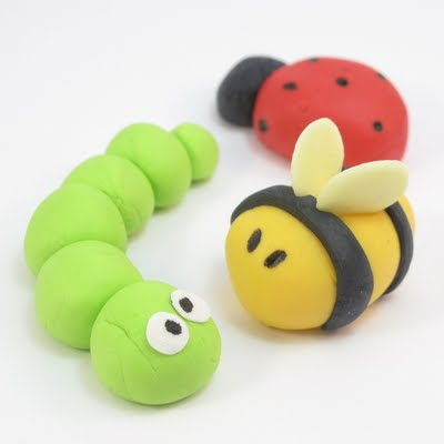 fondant bugs for cookie, cupcake or cake toppers