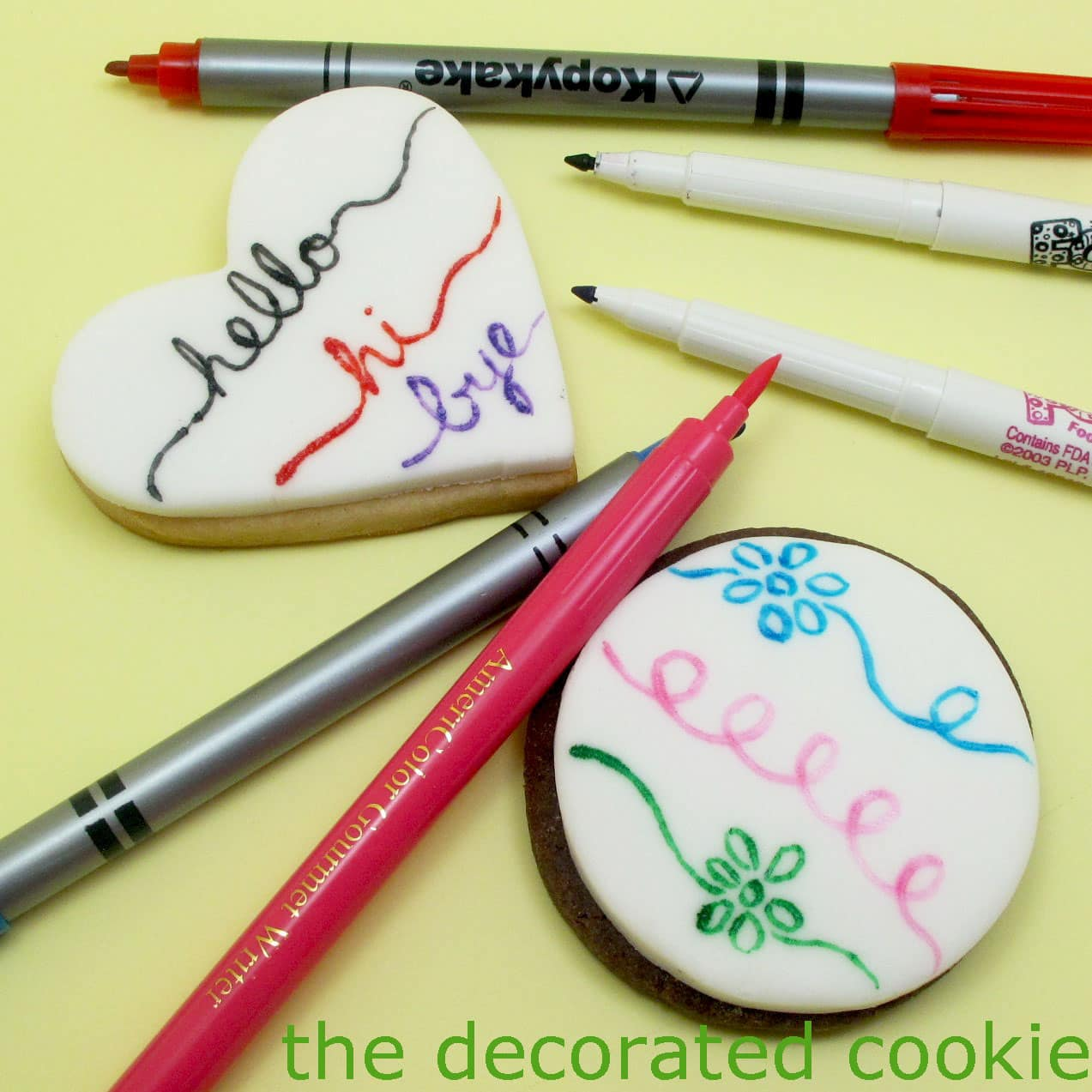 How to use food coloring pens to decorate cookies and ...