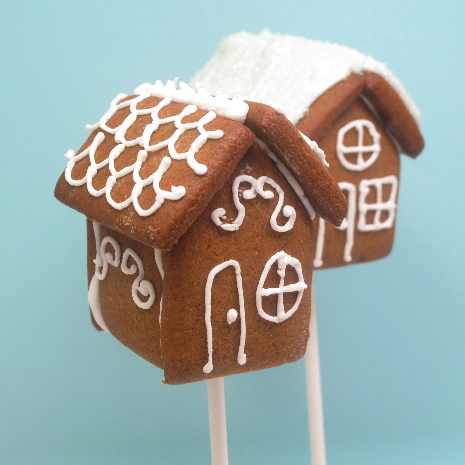 Mini Gingerbread House Diy: Mini Gingerbread House Cookie On A Stick