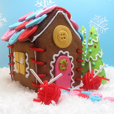sewing cottage gingerbread house - the decorated cookie