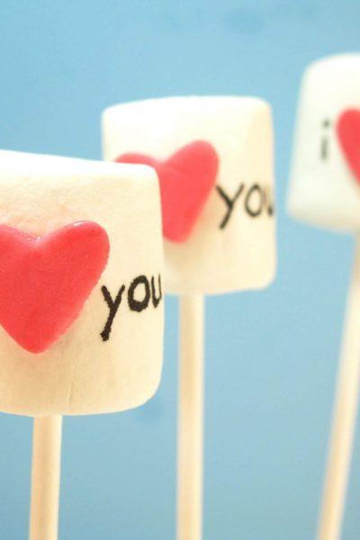 I love you marshmallow pops