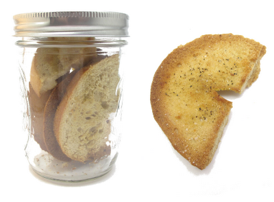 mason jar meal - homemade bagel chips