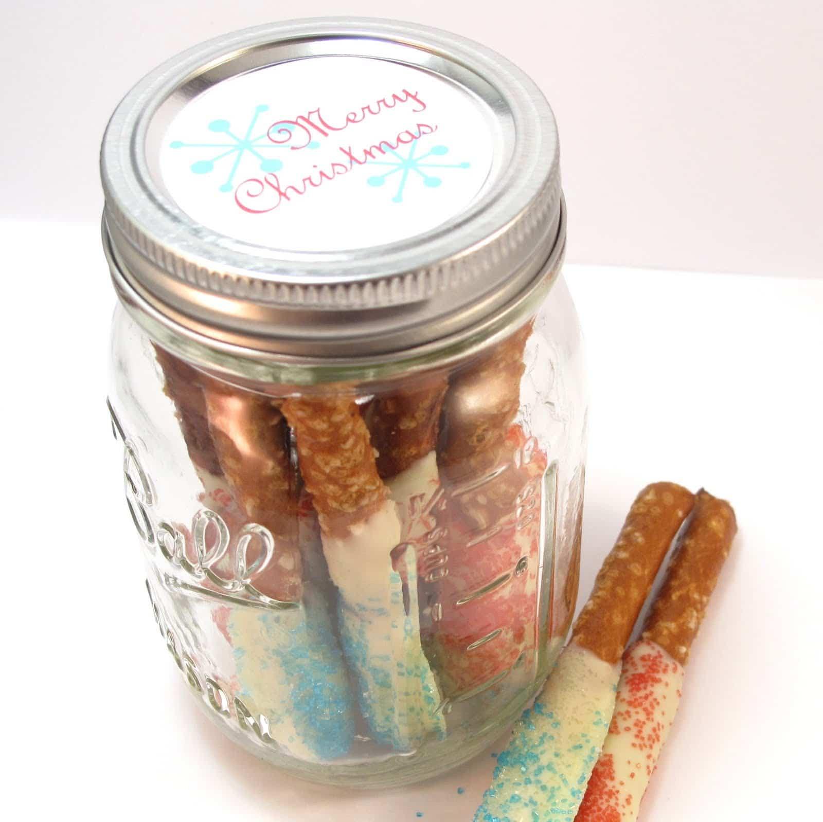 hot cocoa gift: Marshmallow snowman hot cocoa jars ...