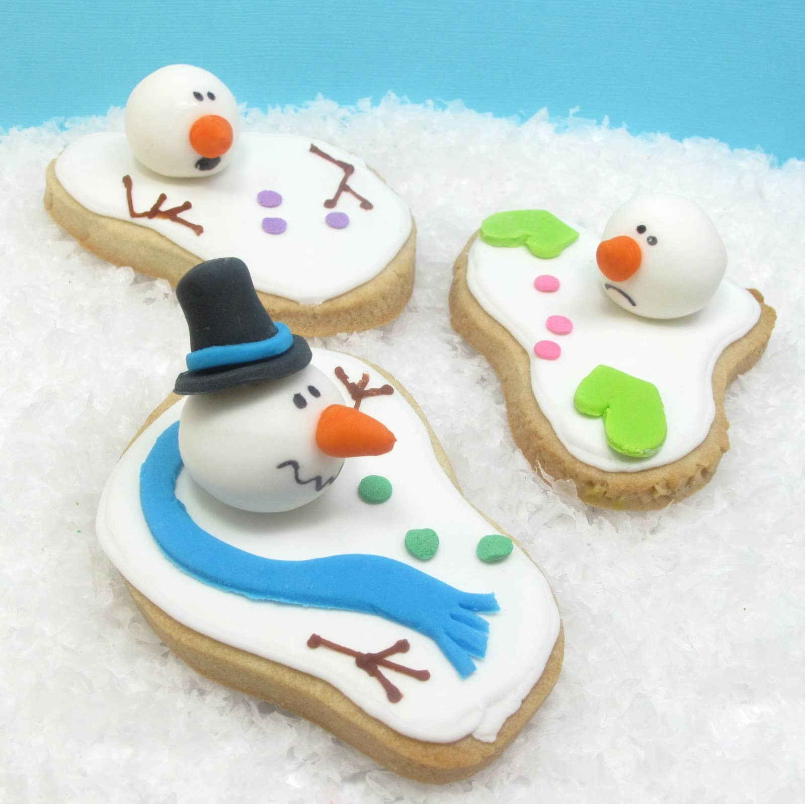 Melting Snowman Christmas Cake