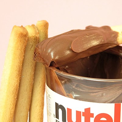 cookies sticks and nutella