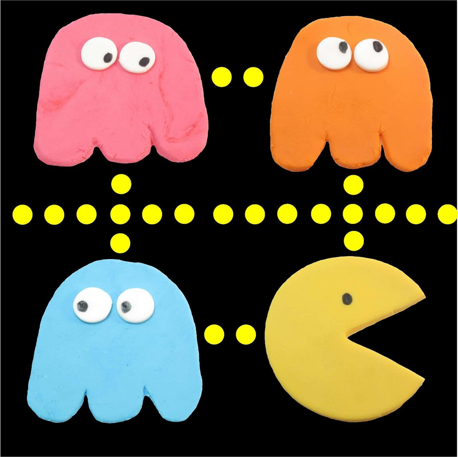 Fondant Pac Man Toppers To Decorate Cupcakes Or Cakes