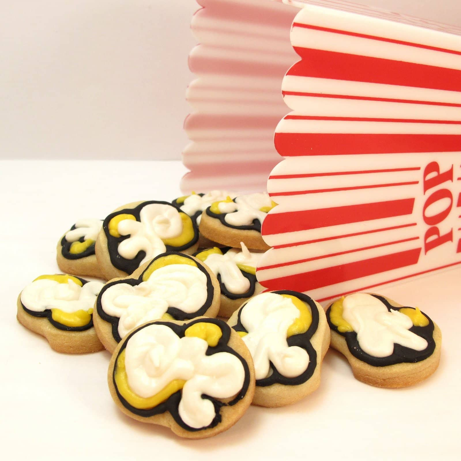 popcorn cookies - the decorated cookie