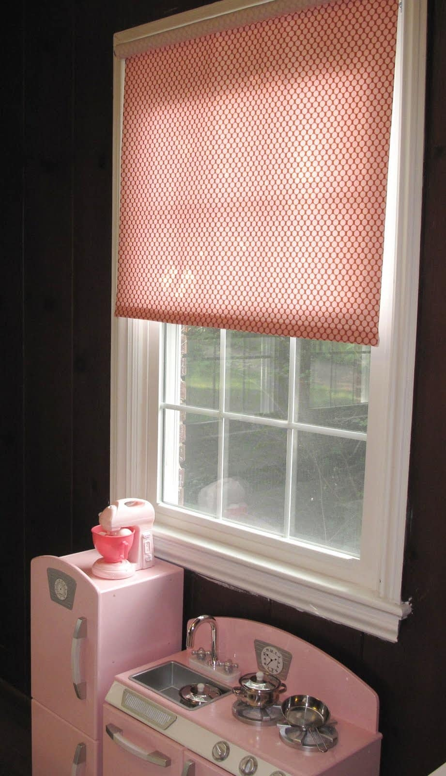 diy fabric roller shade - The Decorated Cookie