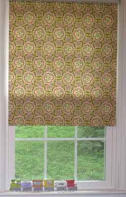 Diy Fabric Roller Shade The Decorated Cookie