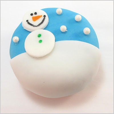 snowman Oreo Cakesters