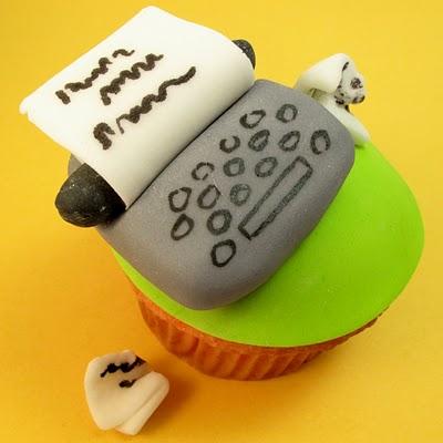 typewriter fondant cupcake topper