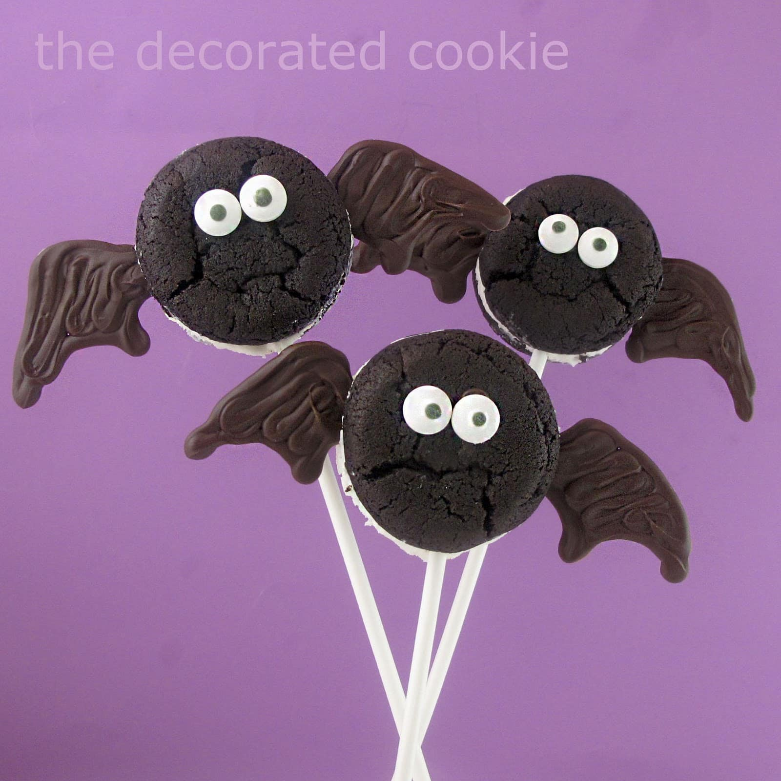 oreo cakester bat and spider pops for halloween spooky halloween food
