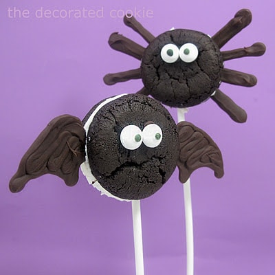 Oreo Cakester bats and spiders for Halloween