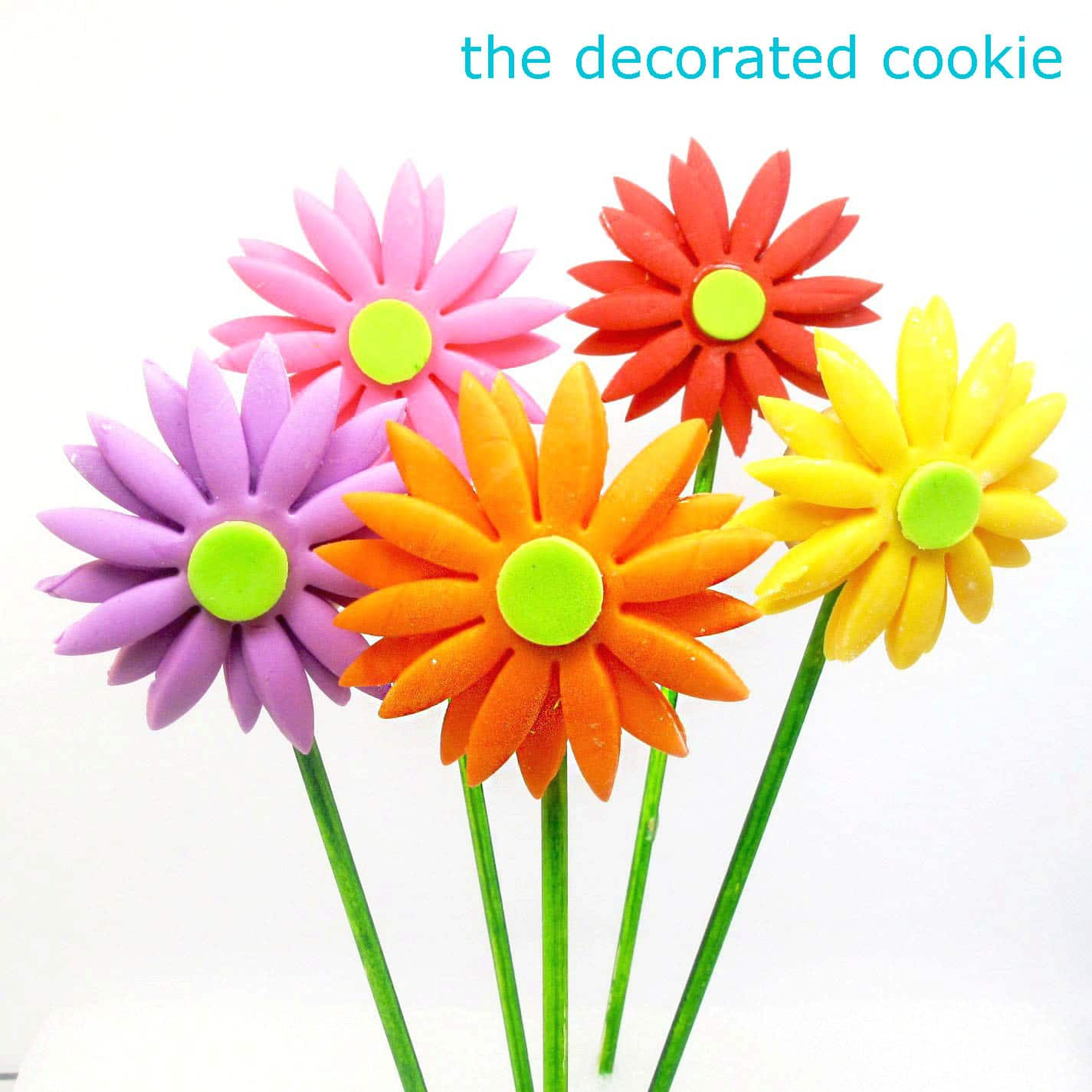 ... Daisy Cookies Fondant gerbera daisy cookie pops - the decorated cookie