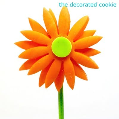 fondant flower cookie pops
