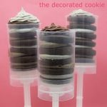 Oreo icing and cookie push pops