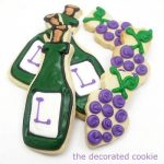 wine and grapes cookies