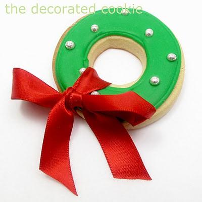 simple Christmas wreath cookies