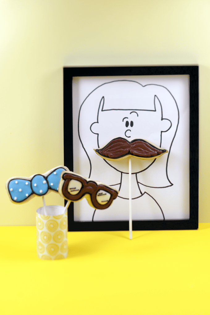 how to make fun prop cookie pops for party photo booths