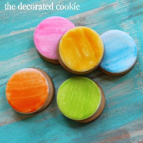 painting on cookies: how to create a watercolor paint effect on decorated cookies