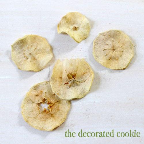 caramel apple chip lollipops for Fall