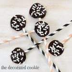 bones chocolate Halloween pops