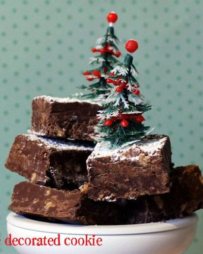HERSHEY'S Chocolate and Toffee Bit Fudge for Christmas