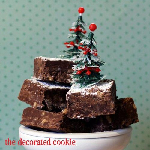 HERSHEY'S Chocolate and Toffee Bit Fudge