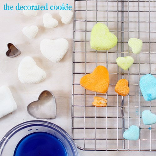 dip-dyed marshmallow hearts