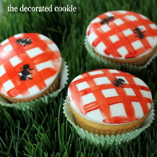 picnic cupcakes for Summer