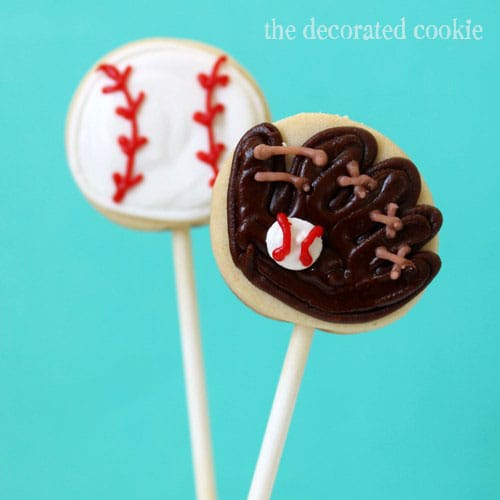 bite-size baseball cookie pops