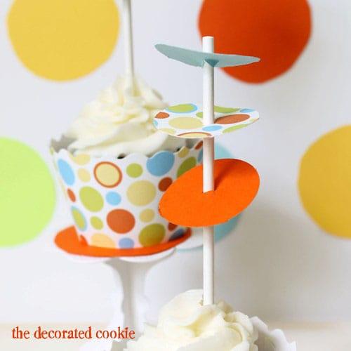 wm.cupcake_dots4