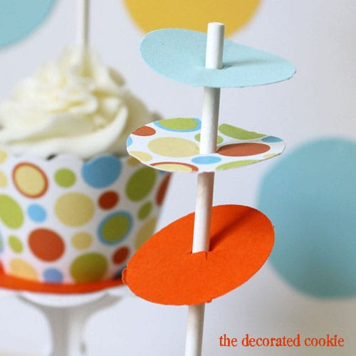 wm.cupcake_dots5