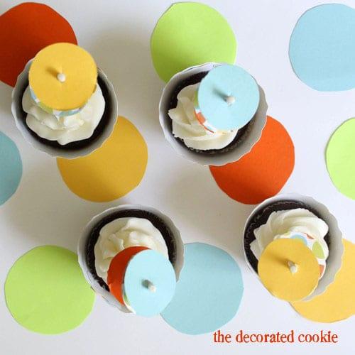 wm.cupcake_dots7