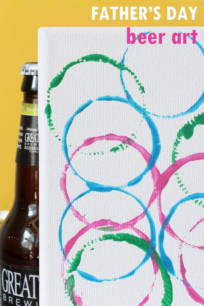 Looking for beer gifts for Dad? This beer bottle art is an easy handmade Father's Day gift idea kids can make with a little help. #FathersDay #BeerGifts #HandmadeFAthersDayGifts