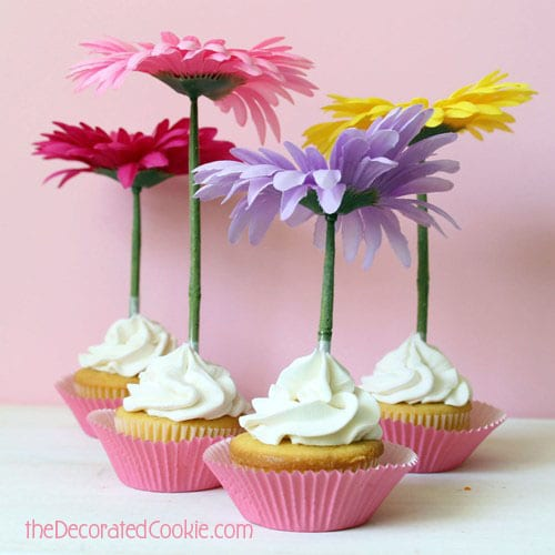 wm.flower_cupcaketopper1