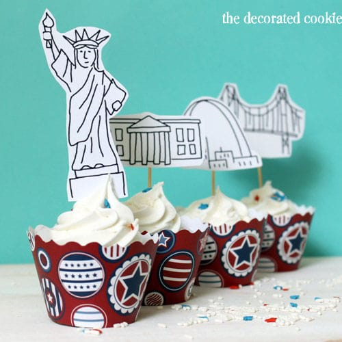 wm.landmark_cupcaketoppers3