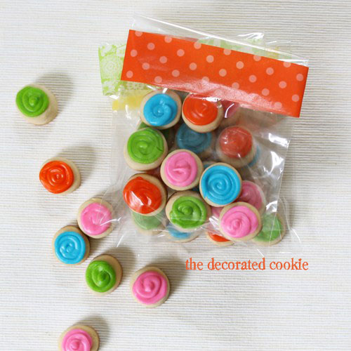 cookie snack packs - tiny decorated cookies with packaging