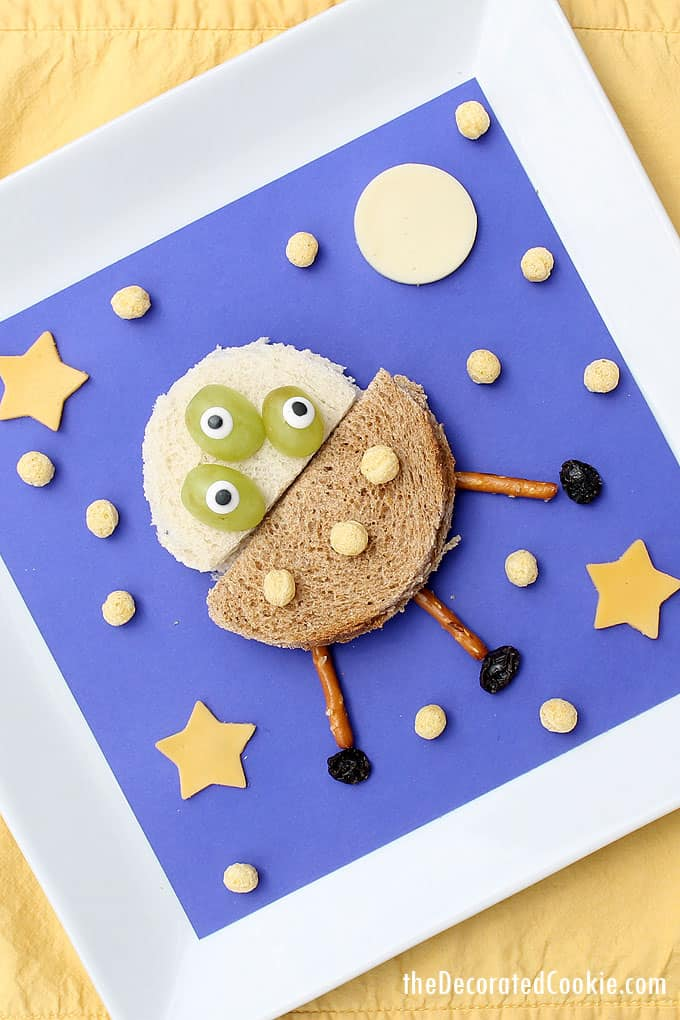 FUN LUNCHES FOR KIDS: Make an alien and UFO sandwich lunch or snack for kids with Kix cereal stars. Healthy, fun food ideas for kids.